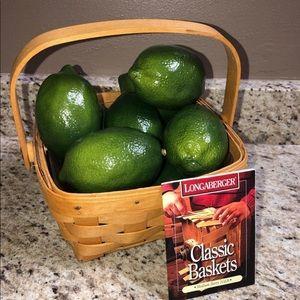 Longaberger Medium Berry Basket